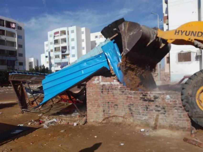 تنفيذ ٢٩ قراراً لإزالة تعديات واشغالات بمدينة النهضة بمحافظة السويس