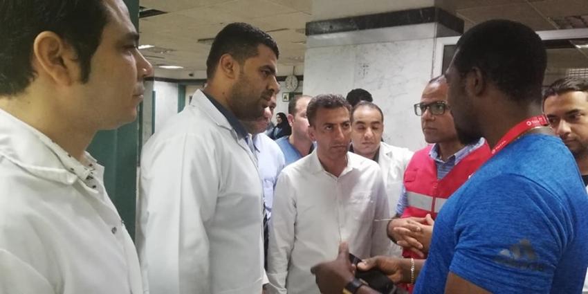 """""""الكاف"""" يزور مستشفى التأمين الصحي ويبدي إعجابه باستعدادات محافظه السويس للبطوله الافريقية"""