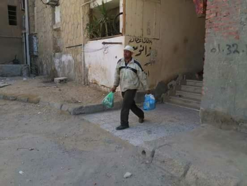 حى فيصل يبدأ حملة جمع القمامة المنزلية مجانابالتعاون مع جهاز النظافة