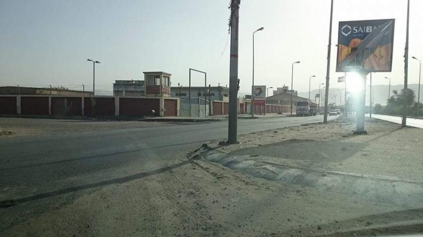 أعمال حفر لتغيير كابل كهرباء جديد بشارع صلاح نسيم بالسويس
