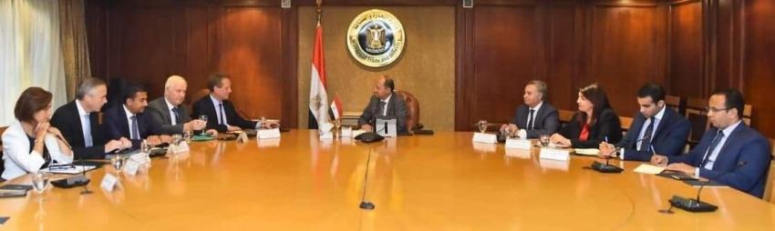 وزير التجارة والصناعة يبحث مع رئيس اتحاد الغرف التجارية الألمانية سبل تعزيز التعاون الاقتصادى المشترك بين مصر وألمانيا