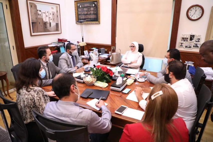 وزيرة الصحة تعقد إجتماعا لمتابعة سير العمل بمبادرة رئيس الجمهورية لدعم صحة المرأة المصرية