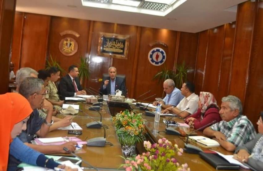 متابعة مستمرة لأعمال لجان تقنين الاراضي بمحافظة السويس