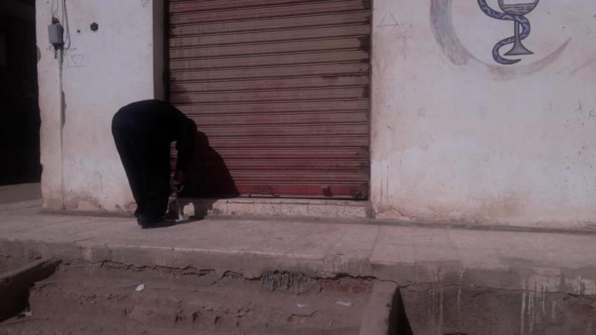 صور..التفتيش الصيدلى وشرطه المرافق بالسويس يغلقوا صيدليه و سحب ترخيص صيدليتين لمخالفه اللوائح