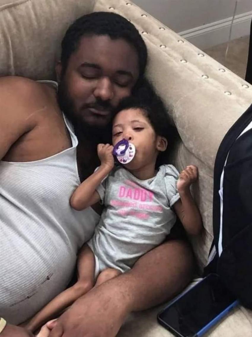 وفاة طفلة بعد منع الطعام والشراب عنها لمدة أسبوع