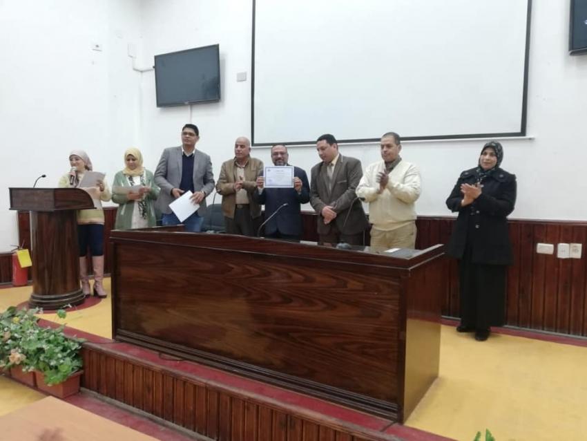 صحة السويس تكرم المشاركين في حملة التطعيم ضد مرض شلل الأطفال والنماذج المشرفة من الصحة و مرفق الاسعاف