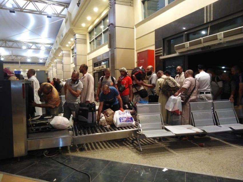 وزيرالنقل يتابع عودة حجاج البر وعمالة خدمة الحجاج بموانى البحر الاحمر