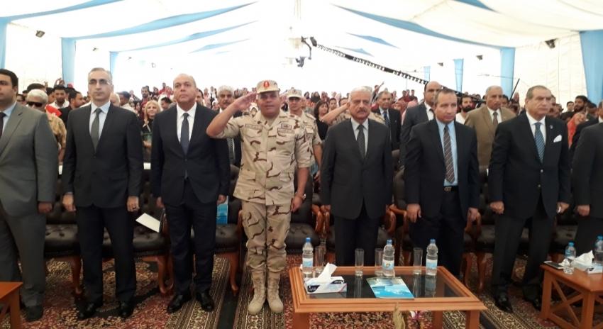 صور..صقر وعرفات وجاد يحضرون احتفال جامعة السويس بذكرى انتصارات اكتوبر