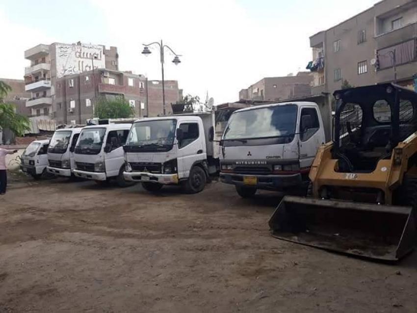 صور..ضم معدات  الاحياء الخمسة لجهاز النظافة ووعد بنظافة شوارع تليق بالسويس