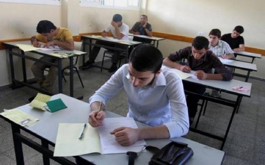 """""""التعليم"""": امتحانات طلاب أولى ثانوي المتخلفين """"OPEN BOOK"""""""