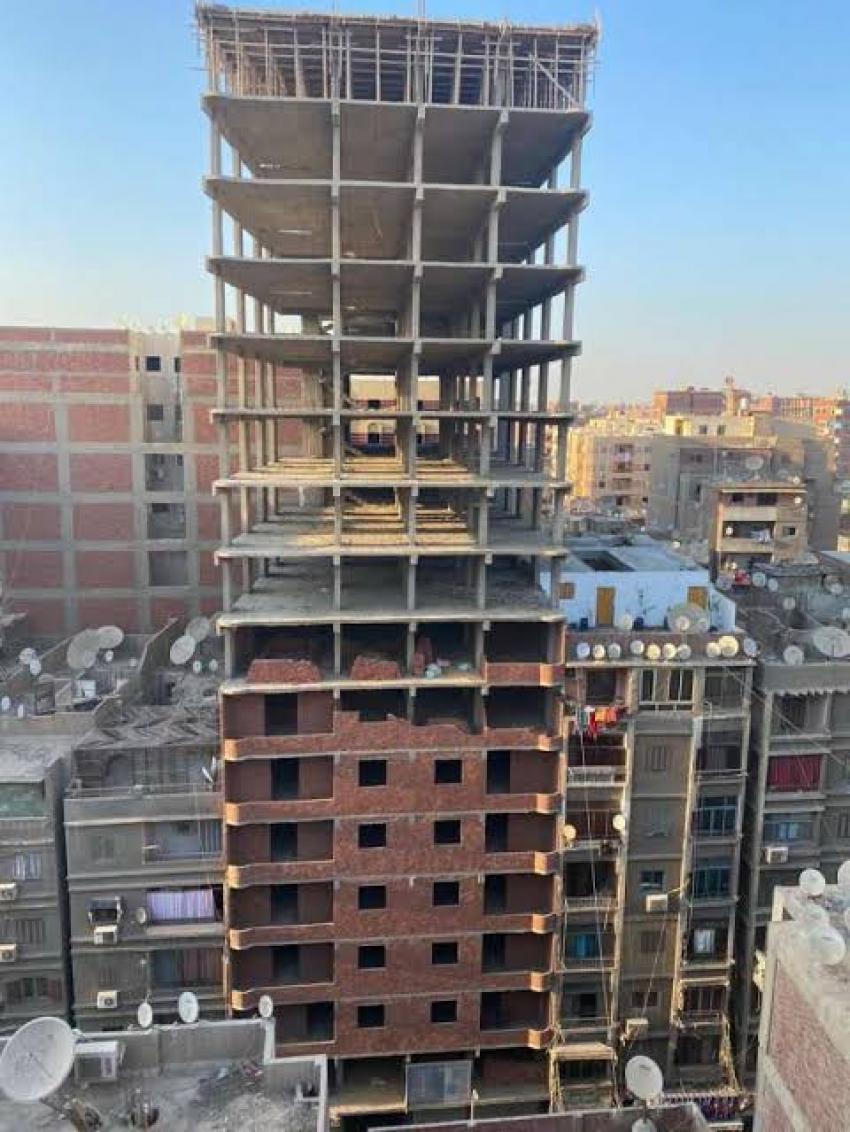 بدء إزالة أعلى برج مخالف في القاهرة