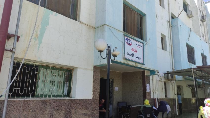 عبد النبي  يقرر فتح عيادة المعاشات والموظفين والمدارس بحوض الدرس بالسويس يومي السبت والأحد لصرف العلاج الشهري