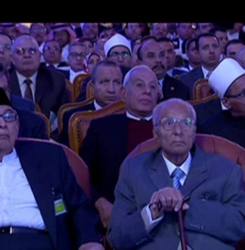 رئيس جامعة السويس يحضر افتتاح مؤتمر الأزهر العالمي لتجديد الخطاب الديني