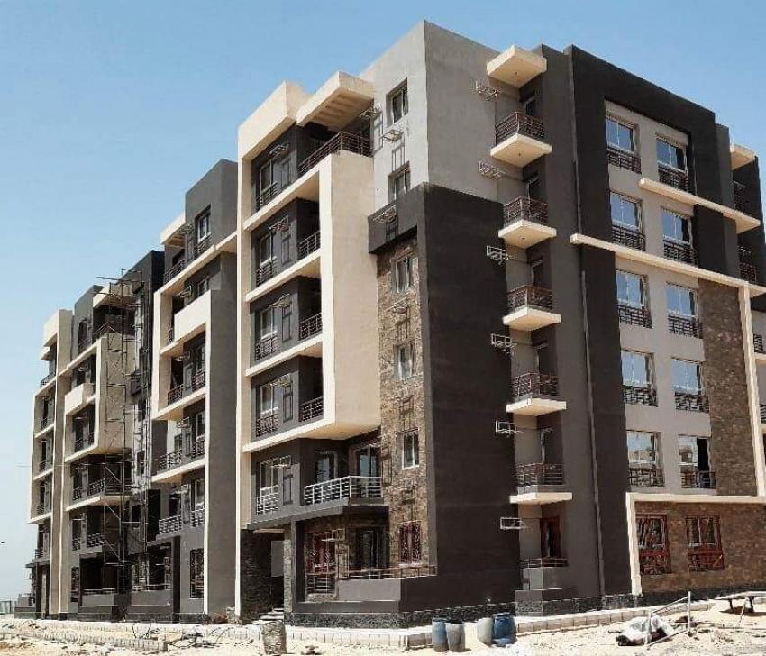 """وزير الإسكان: تشطيب 528 وحدة سكنية بمشروع"""" JANNA"""" بمدينة إلمنيا الجديدة"""