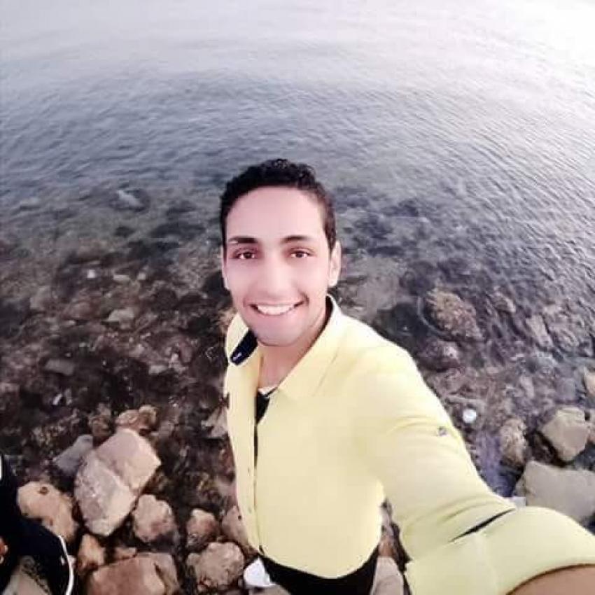 مطب هوائي ينهي حياة شاب عشريني من منطقة ابو حسين بالجناين بطريق السويس - الاسماعيلية