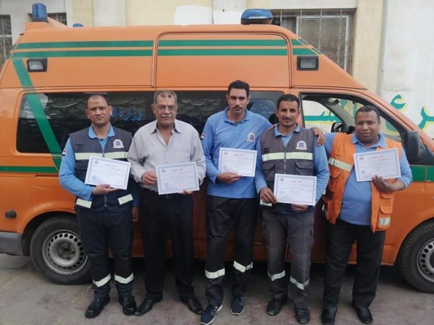 وكيل وزارة الصحة بالسويس يكرم رجال الاسعاف المتميزين